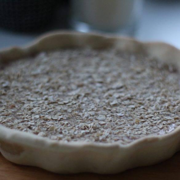 Caption of Pomegranate Oat Pie. Image by Edward Daniel (c).