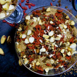 Recipe: Goji Berry Sultana Stewed Apples – #vegan