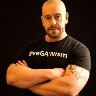 Interview: Edward Daniel, Vegan Chef meets Hench Herbivore, Paul Kerton (Vegan)