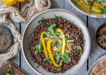 Caption of Spicy Sumac Mustard Jackfruit Curry. image by Edward Daniel (c).