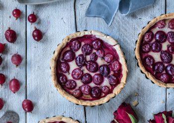 Caption of Gooseberry Pie. Image by Edward Daniel (c).