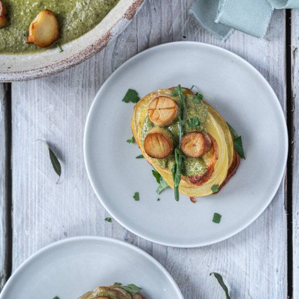 Galicia-Style Vegan Scallops; Majestic King Oyster Mushrooms drenched in dry white wine flavoured with a piquant yet tantalising parsley sauce
